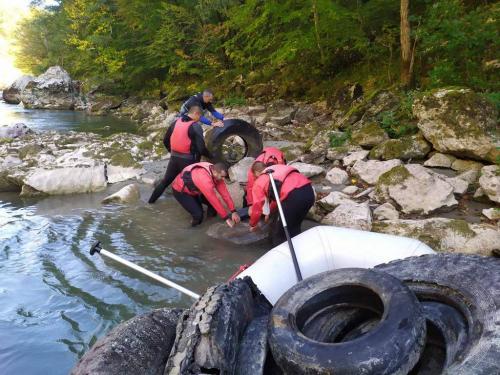 Akcija čišćenja rijeke Tare (3)