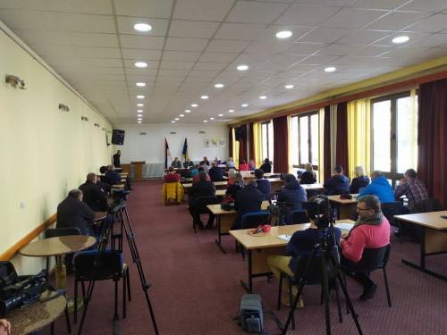 Konferencija za novinare u Foči (1)